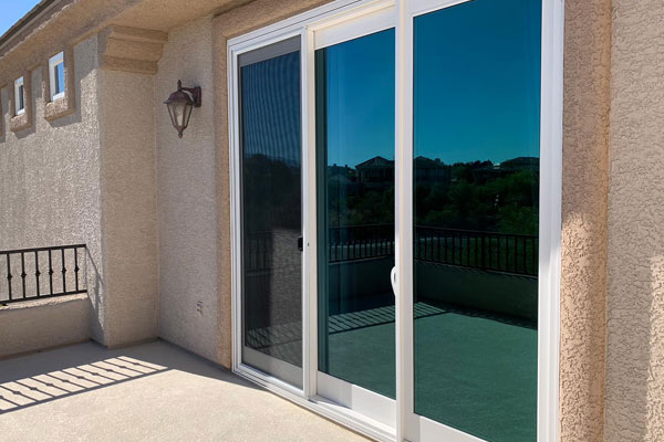 https://www.universalwindowslasvegas.com/Patio%20Doors